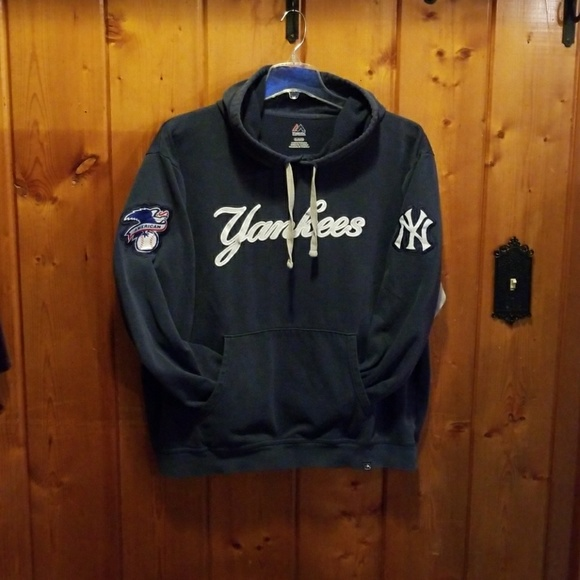 purchase cheap 884d6 033b5 Yankees hoodie